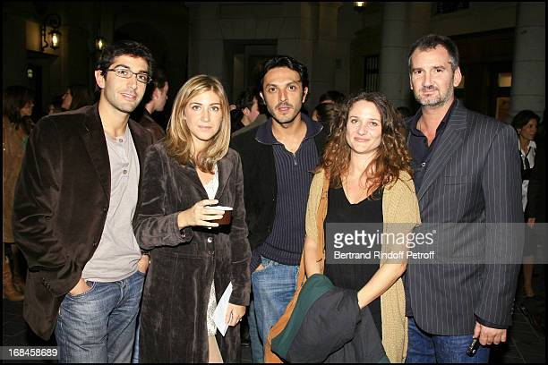 Mathieu Demy Amanda Sthers Olivier Sitruk and his wife Alexandra Landon and Didier Cauchy public premiere of the play 'Le Vieux Juifs Blonde' at the...