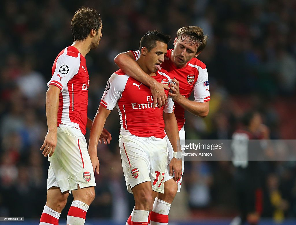 Soccer : UEFA Champions League Play off second leg - Arsenal v Besiktas : News Photo