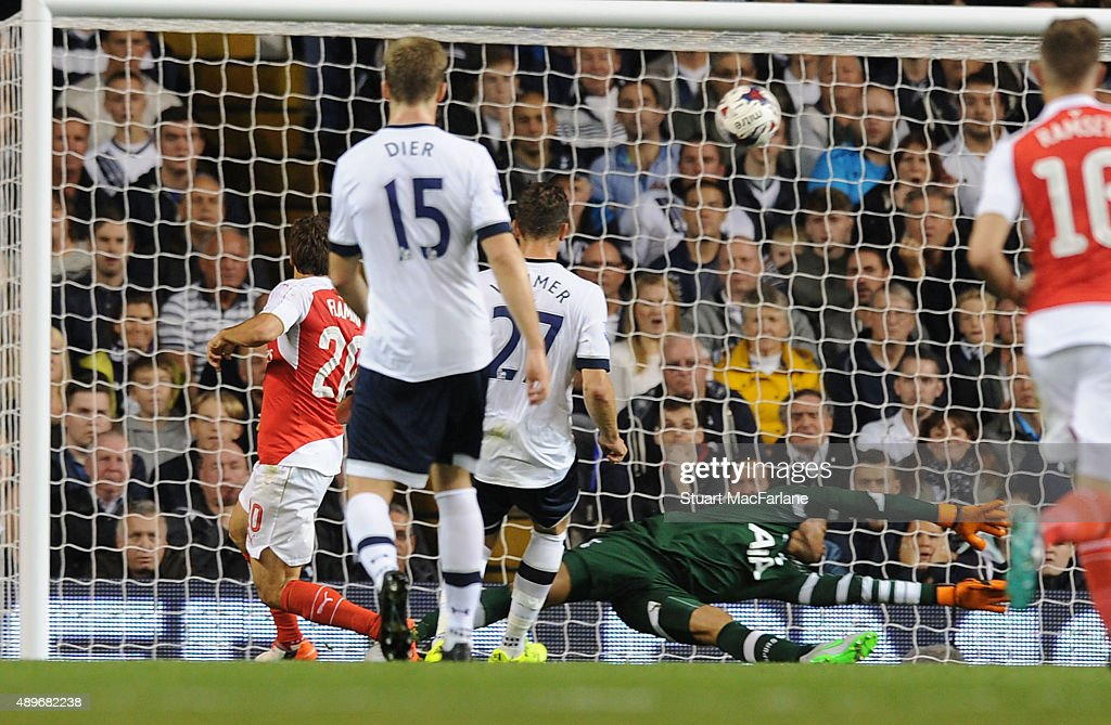 Tottenham Hotspur v Arsenal - Capital One Cup Third Round : News Photo