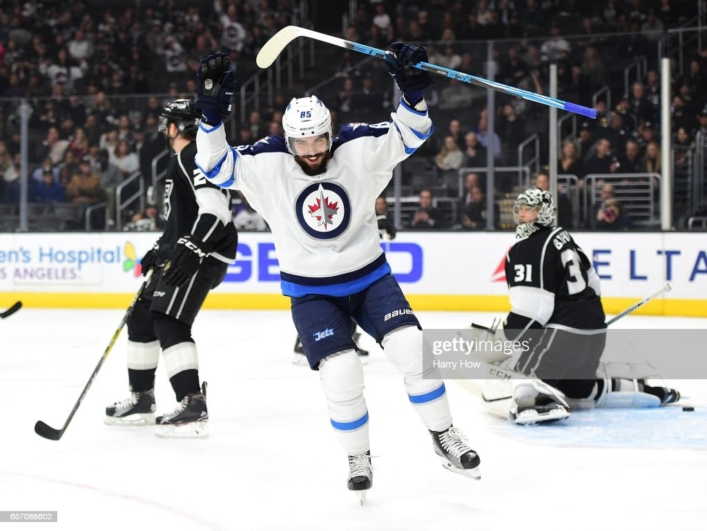 Winnipeg Jets v Los Angeles Kings : News Photo