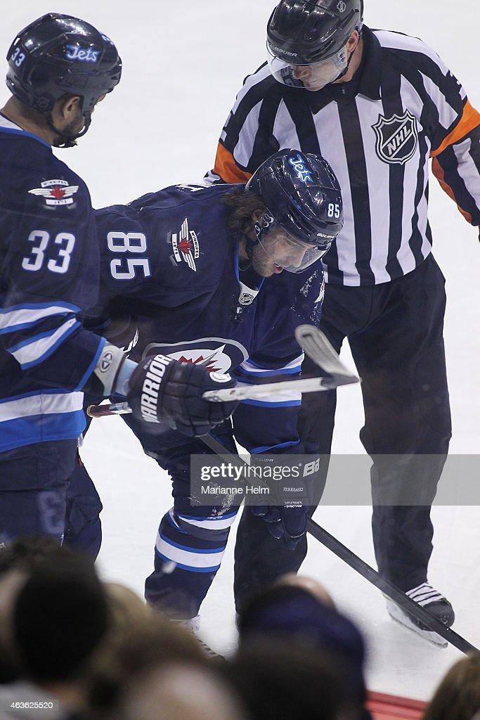 Edmonton Oilers v Winnipeg Jets : News Photo