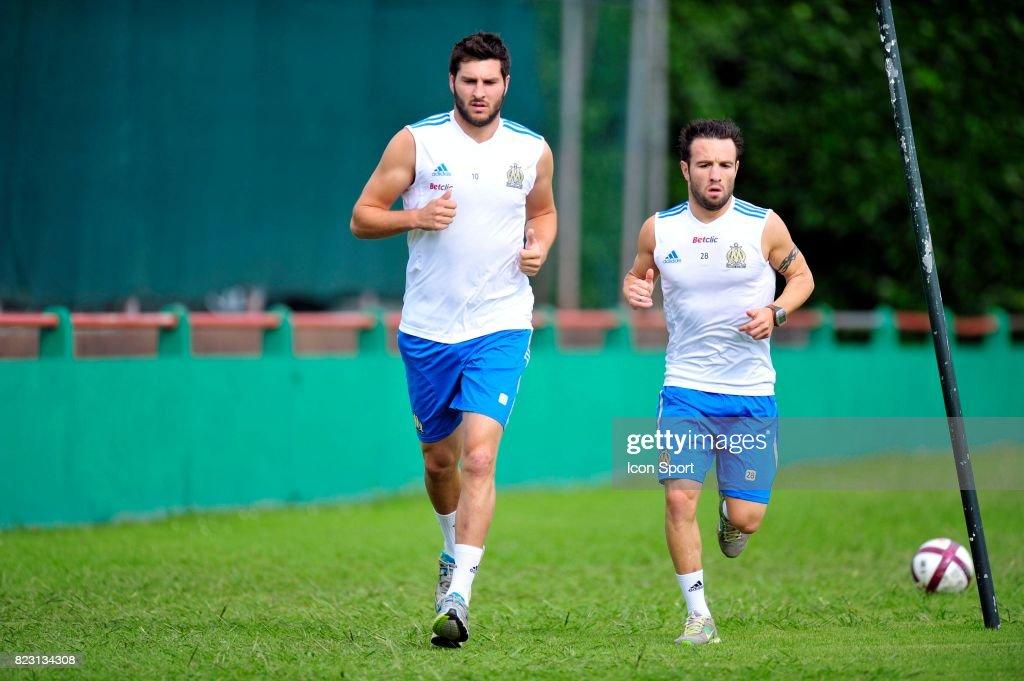 Mathieu Valbuena / Andre Pierre Gignac : News Photo