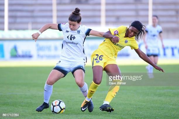 Mathilde Bourdieu of Paris FC and Grace Geyoro of PSG during the women's Division 1 match between Paris FC and Paris Saint Germain on October 15 2017...