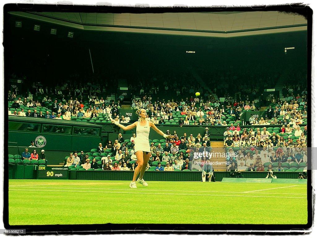 Smartphone Images Of Wimbledon Tennis