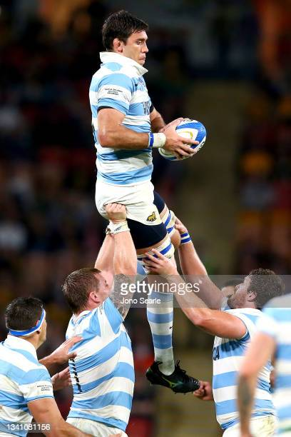 Matias Alemanno of the Pumas wins the ball during The Rugby Championship match between the Argentina Pumas and the New Zealand All Blacks at Suncorp...
