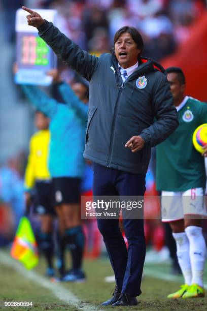 Matias Almeyda coach of Chivas gives instructions to his players during the first round match between Toluca and Chivas as part of the Torneo...
