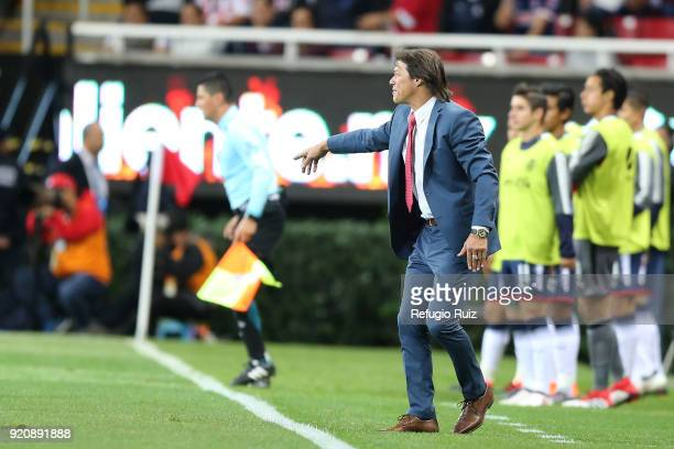 Matias Almeyda coach of Chivas gives instructions to his players during the 8th round match between Chivas and Pachuca as part of the Torneo Clausura...