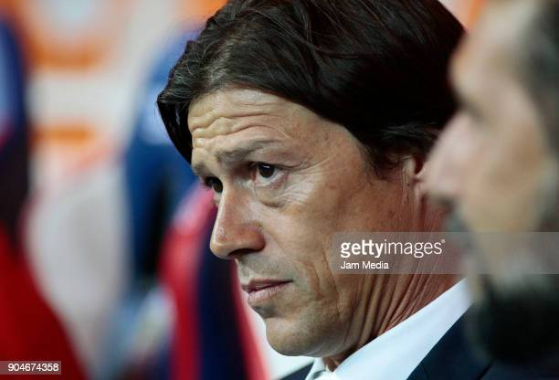 Matias Almeyda coach of Chivas looks on during the 2nd round match between Chivas and Cruz Azul as part of the Torneo Clausura 2018 Liga MX at Akron...