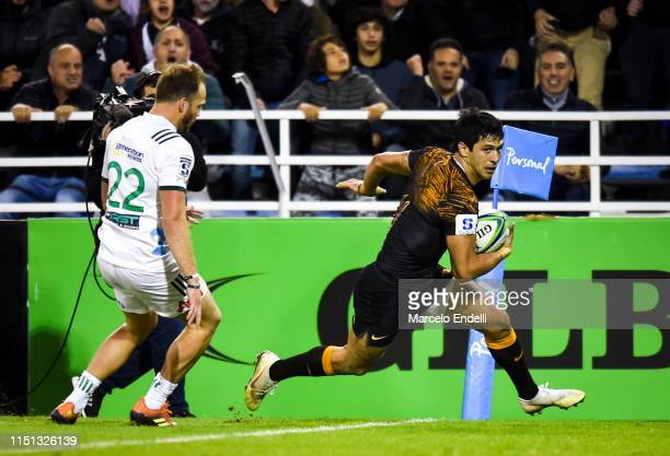 Matias Moroni of Jaguares scores a try during a Quarter Final match between Jaguares and Chiefs as part of Super Rugby 2019 on June 21, 2019 in...