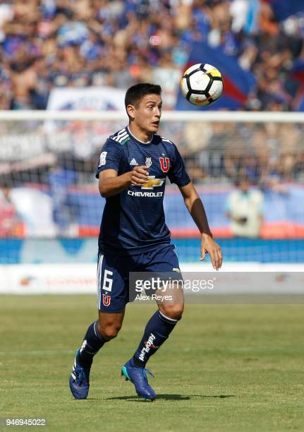 Matias Rodriguez of U de Chile heads the ball during a match between U de Chile and Colo Colo as part of Torneo Scotiabank 2018 at Estadio Nacional...