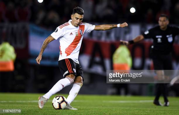 Matias Suarez of River Plate kicks a penalty during a round of sixteen first leg match between River Plate and Cruzeiro as part of Copa CONMEBOL...