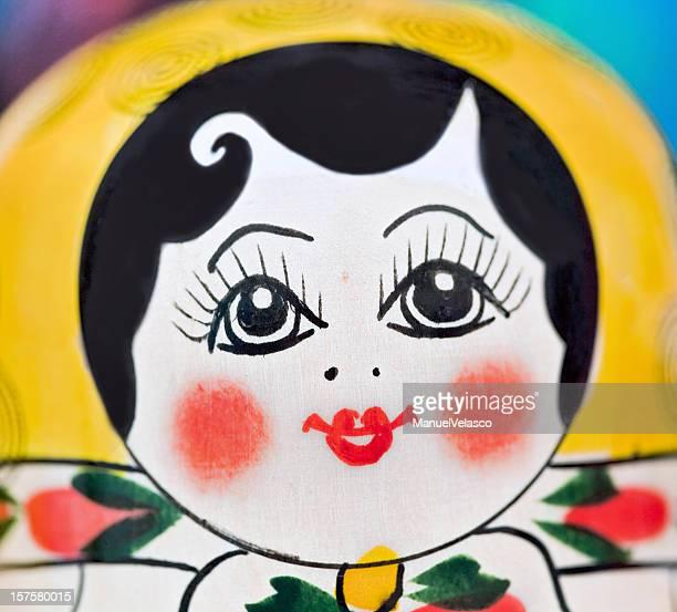 xl matryoshka の顔 - ピンクの頬 ストックフォトと画像
