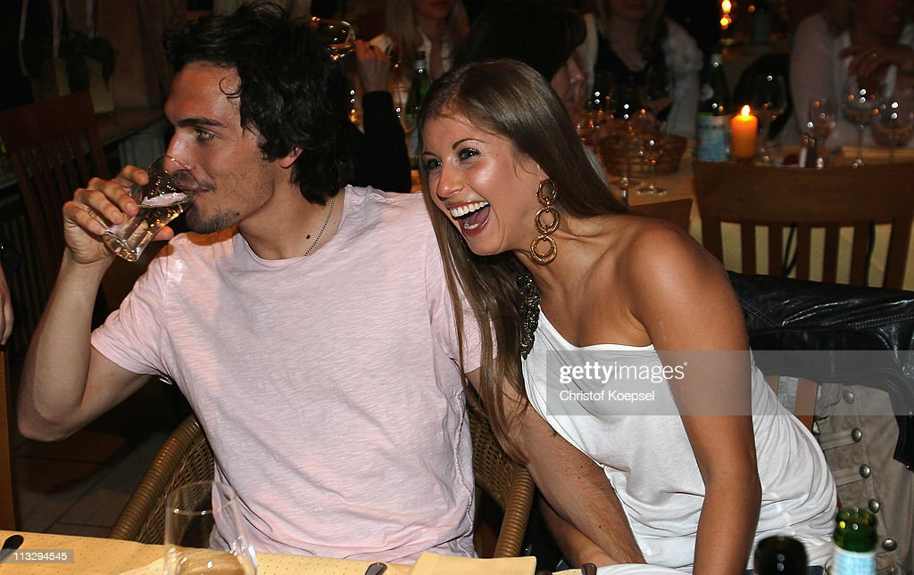 Cathy Hummels: Mats Hummels And His Girl-friend Cathy Fischer Pose Before