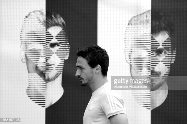 Mats Hummels arrives for a press conference of the German national team at Sportanlage Rungg on day seven of the Southern Tyrol Training Camp on May...