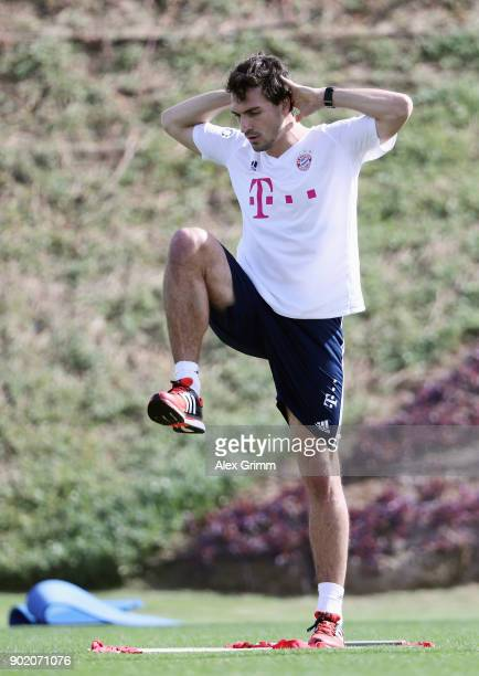 Mats Hummels attends an individual training session on day 6 of the FC Bayern Muenchen training camp at ASPIRE Academy for Sports Excellence on...