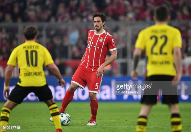 Mats Hummels of Bayern in action during the Bundesliga match between FC Bayern Muenchen and Borussia Dortmund at Allianz Arena on March 31 2018 in...