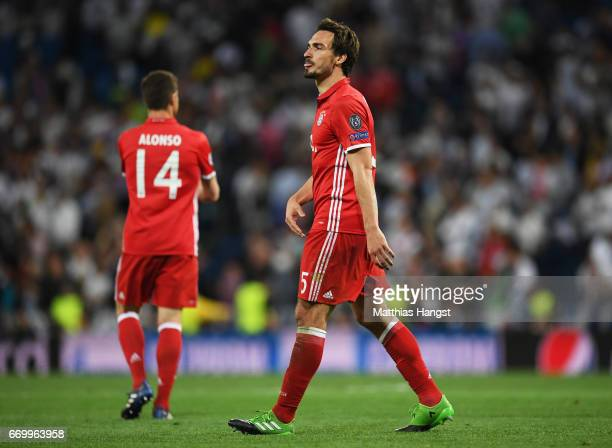 Mats Hummels of Bayern Muenchen is dejected after the UEFA Champions League Quarter Final second leg match between Real Madrid CF and FC Bayern...