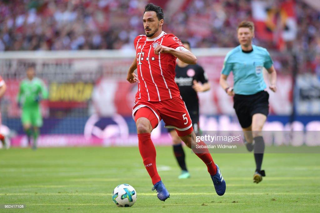 FC Bayern Muenchen v Eintracht Frankfurt - Bundesliga : ニュース写真