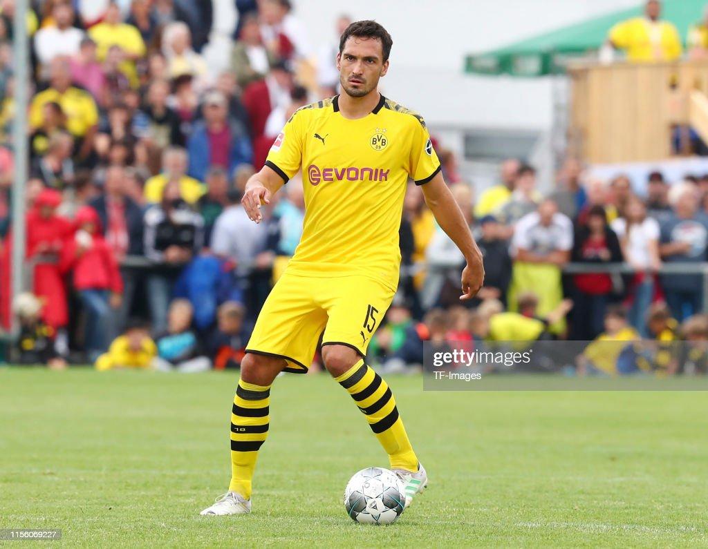 FC Schweinberg v Borussia Dortmund - Pre-Season Friendly : News Photo