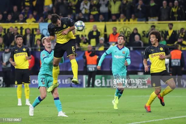 Mats Hummels of Borussia Dortmund heads goalwards during the UEFA Champions League group F match between Borussia Dortmund and FC Barcelona at Signal...