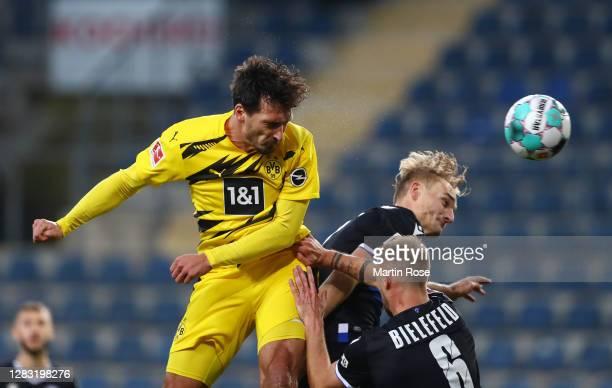 Mats Hummels of Borussia Dortmund scores his team's second goal during the Bundesliga match between DSC Arminia Bielefeld and Borussia Dortmund at...