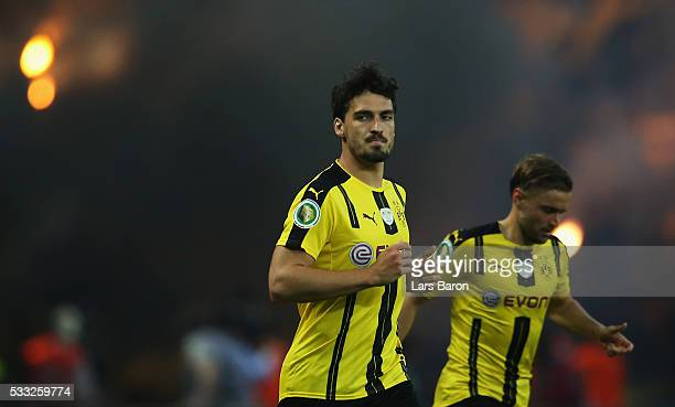Mats Hummels of Dortmund looks on during the DFB Cup Final between Bayern Muenchen and Borussia Dortmund at Olympiastadion on May 21 2016 in Berlin...