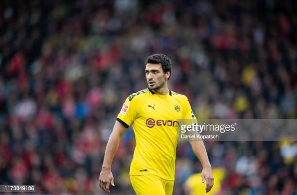 Mats Hummels of Dortmund reacts during the Bundesliga match between Sport-Club Freiburg and Borussia Dortmund at Schwarzwald-Stadion on October 5,...