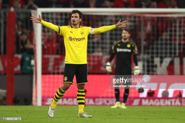 Mats Hummels of Dortmund reacts during the Bundesliga match between FC Bayern Muenchen and Borussia Dortmund at Allianz Arena on November 09 2019 in...