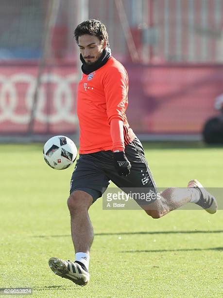 Mats Hummels of FC Bayern Muenchen kicks a ball during a training session at the Saebener Strasse training ground on November 30 2016 in Munich...