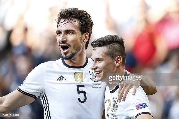 Mats Hummels of Germany Julian Draxler of Germany during the UEFA Euro 2016 round of 16 match between Germany and Slovakia on June 26 2016 at the...
