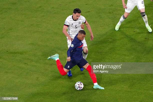 Mats Hummels of Germany, Kylian Mbappe of France during the UEFA Euro 2020 match between France and Germany at Allianz Arena on June 15, 2021 in...