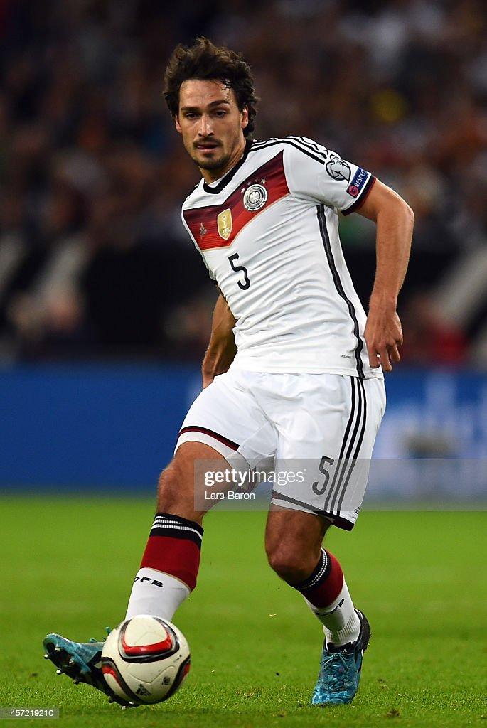 Germany v Republic of Ireland - EURO 2016 Qualifier : News Photo