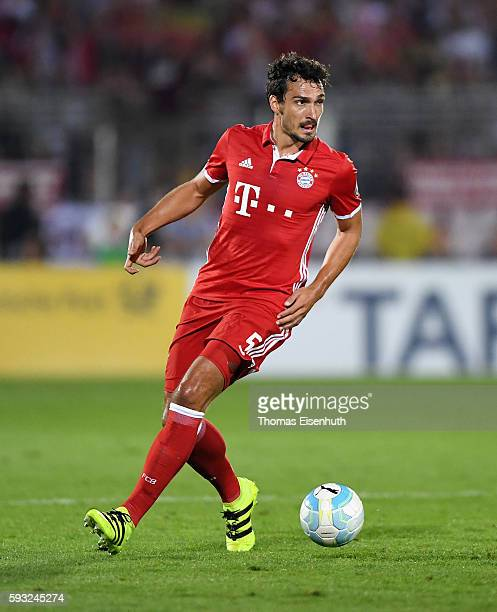Mats Hummels of Munich during the DFB Cup match between FC Carl Zeiss Jena and Bayern Muenchen at ErnstAbbeSportfeld on August 19 2016 in Jena Germany