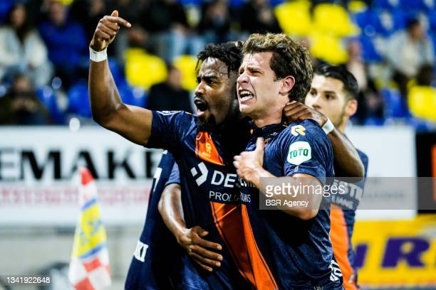 Mats Kohlert of Willem II celebrates after scoring his team second goal with Che Nunnely of Willem II during the Dutch Eredivisie match between RKC...