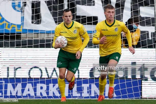Mats Seuntjens of Fortuna Sittard celebrates 12 with Zian Flemming of Fortuna Sittard during the Dutch Eredivisie match between Fortuna Sittard v FC...