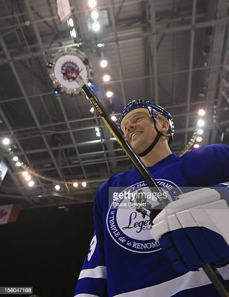 Mats Sundin skates off the ice following the Hockey Hall of Fame Legends Game at the Air Canada Centre on November 11 2012 in Toronto Canada Sundin...