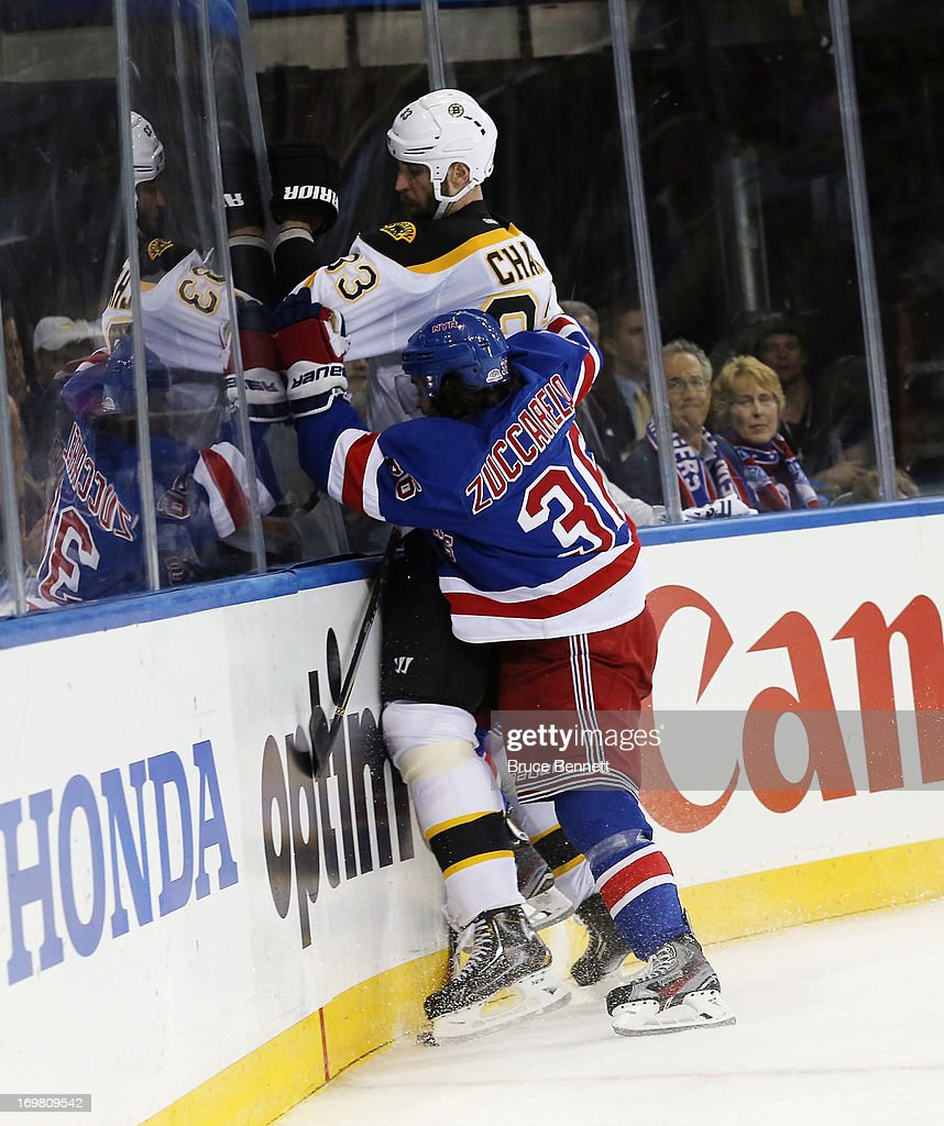 Boston Bruins v New York Rangers - Game Four : News Photo