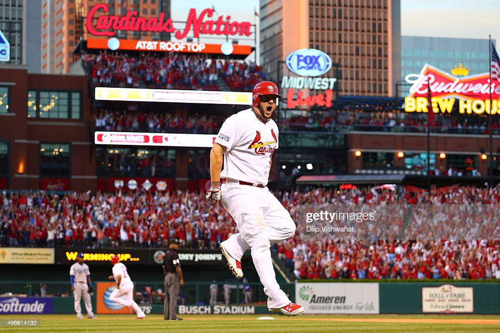 Division Series - Los Angeles Dodgers v St Louis Cardinals - Game Four : News Photo