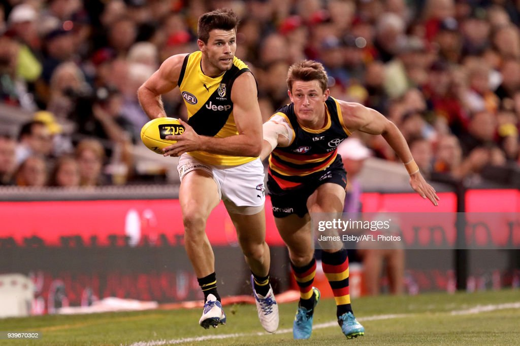 AFL Rd 2 - Adelaide v Richmond