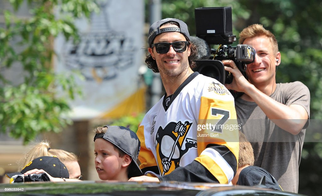 Matt Cullen #7 of the Pittsburgh Penguins rides in the Victory Parade and Rally on June 14, 2017 in Pittsburgh, Pennsylvania.
