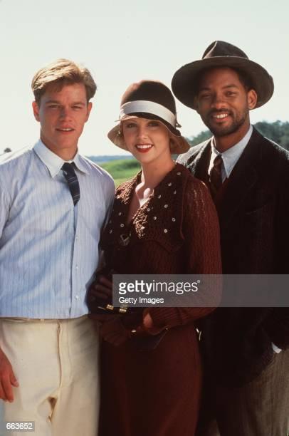 Matt Damon left stars as Rannulph Junuh Charlize Theron stars as Adele Invergordon and Will Smith as Bagger Vance in Robert Redford's The Legend of...