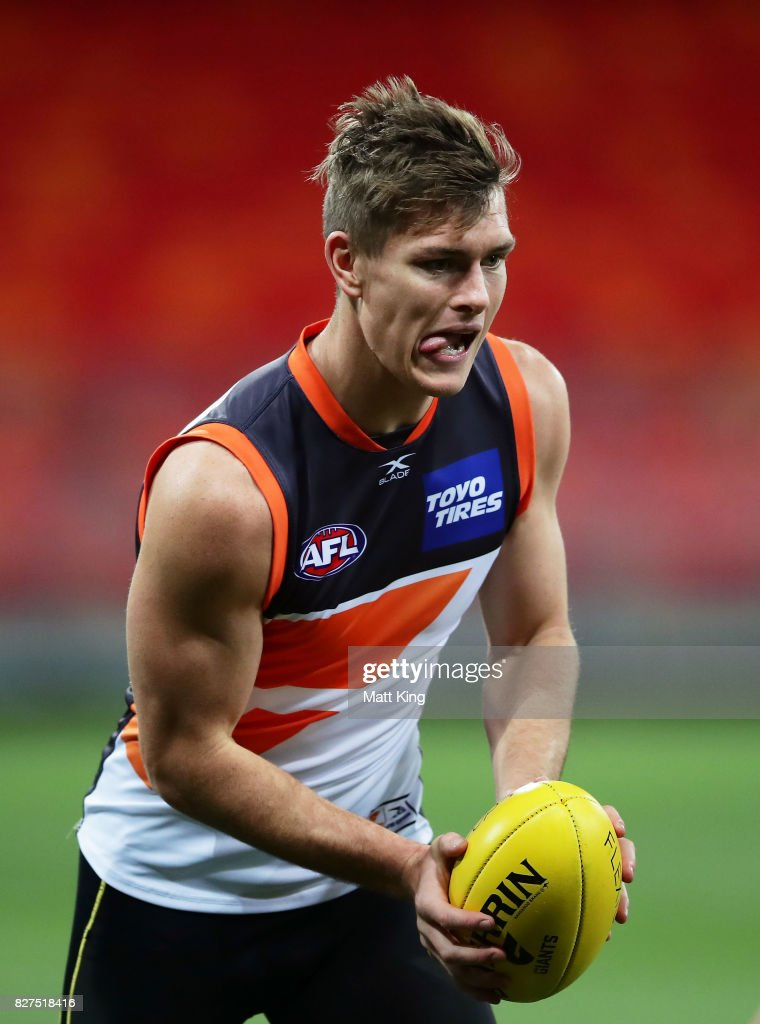 Matt de Boer of the Giants handles the ball during a Greater Western Sydney Giants AFL training session at Spotless Stadium on August 8, 2017 in Sydney, Australia.