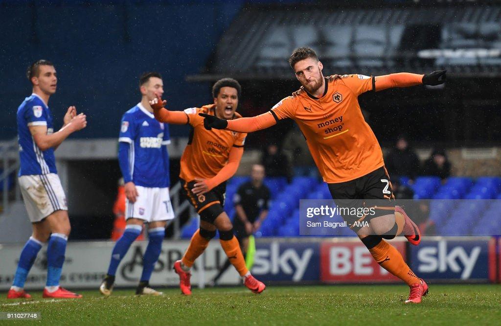 Ipswich Town v Wolverhampton Wanderers - Sky Bet Championship : News Photo