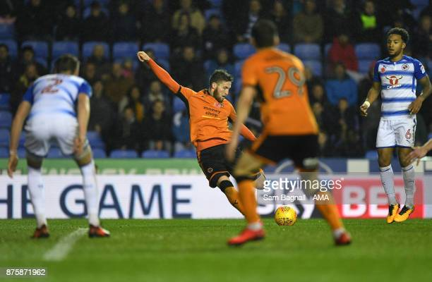 Matt Doherty of Wolverhampton Wanderers scores a goal to make it 02 during the Sky Bet Championship match between Reading and Wolverhampton at...