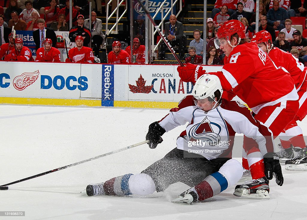 Colorado Avalanche v Detroit Red Wings : News Photo