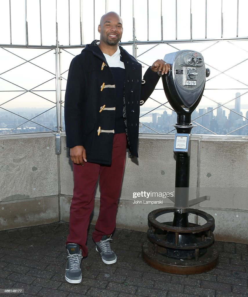 Matt Forte Lights The Empire State Building For The #WhosGonnaWin Campaign