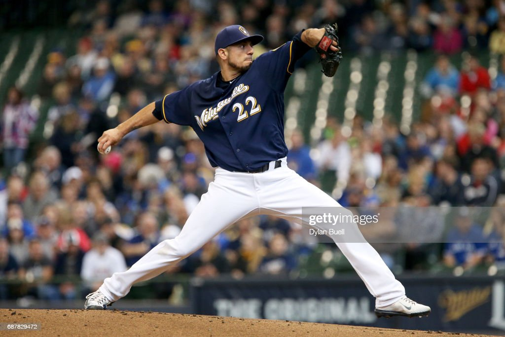 Matt Garza #22 of the Milwaukee Brewers pitches in the first inning against the Toronto Blue Jays at Miller Park on May 24, 2017 in Milwaukee, Wisconsin.