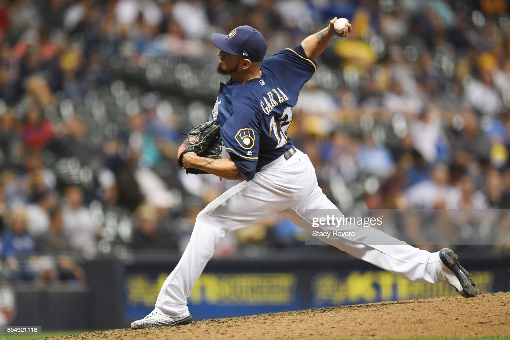 Matt Garza #22 of the Milwaukee Brewers throws a pitch during the eighth inning of a game against the Cincinnati Reds at Miller Park on September 27, 2017 in Milwaukee, Wisconsin.