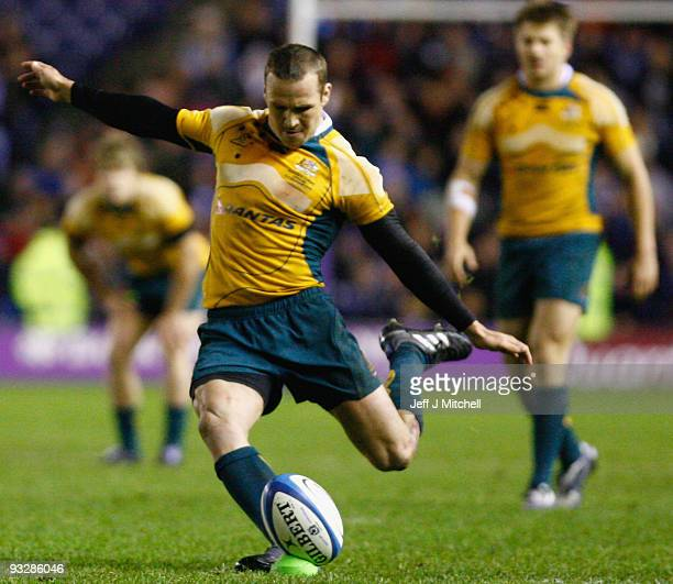 Matt Giteau of Australia miises a conversion during the Bank Of Scotland Corporate Autumn Tests match between Scotland and Australia at Murrayfield...