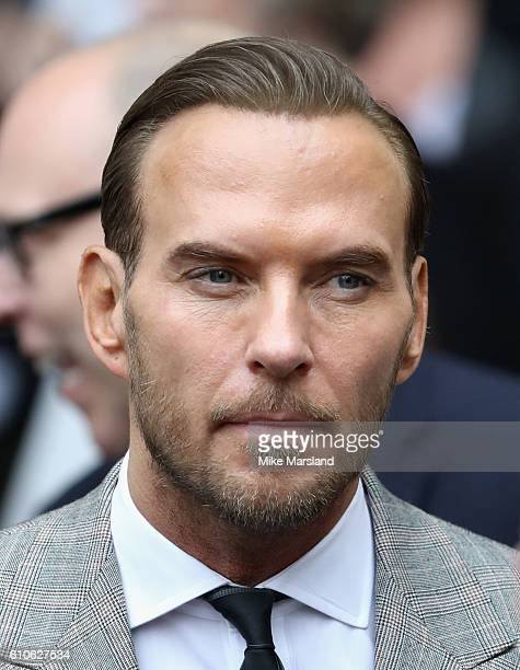 Matt Goss leaves a memorial service for the late Sir Terry Wogan at Westminster Abbey on September 27 2016 in London England